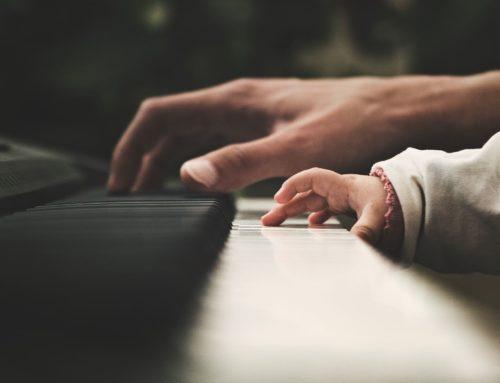 Cómo enseñar música a mi bebé y estimularlo desde el respeto
